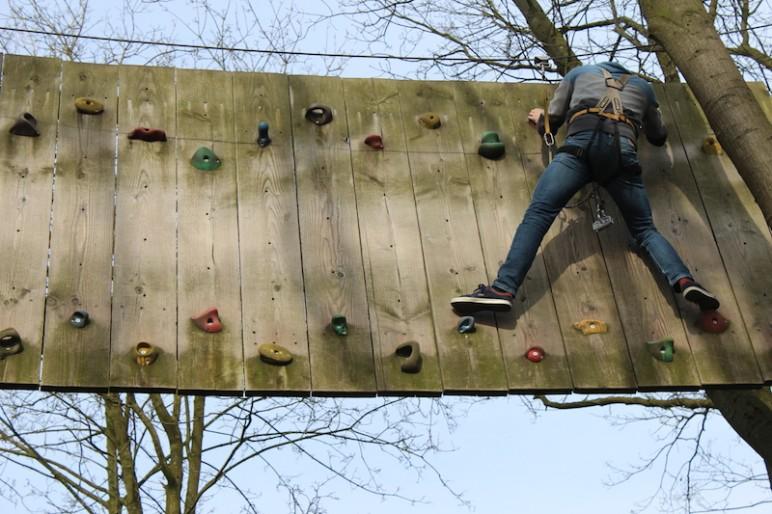 Sechs Meter Hindernis Kletterpark Verden 2