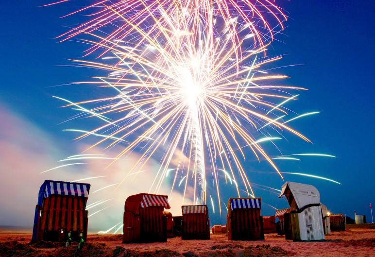 DJH_Phtcs-Feuerwerk